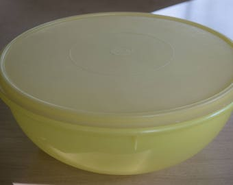 Tupperware Yellow FIX-N-MIX Bowl 26 Cup