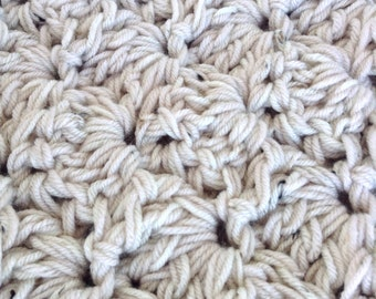 Chunky throw blanket, cream color afghan, handmade wedding gift, modern crochet throw, crochet lap throw