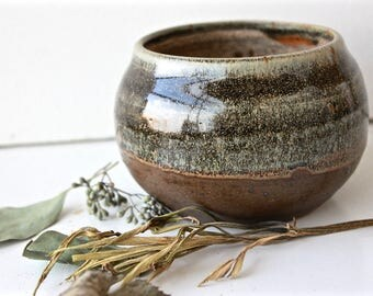 Small Split Glazed Bowl