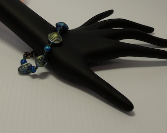 Clam Shell Hand Knotted Bracelet