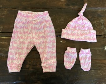pink 'happy' leggings newborn gift set scratch mitts and knot hat bring baby home baby shower gift