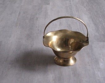 Vintage Brass Ruffle Edge Basket