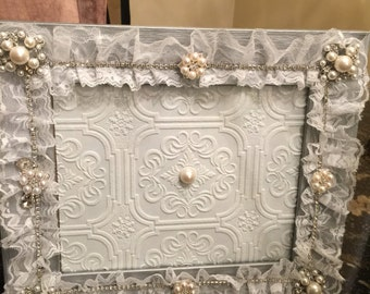 Lace rhinestone bridal frame