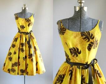 Vintage 1950s Dress / 50s Cotton Dress / Kamehameha Yellow and Brown Tropical Leaf Print Sun Dress XS