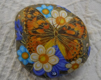 Spring Summer Butterfly insect Flower Garden  Collectable Rock Art