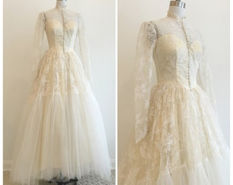 Vintage 1950s Sparrow/Bird Lace and Tulle Maurer Wedding Dress