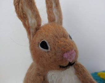Easter Bunny - cute needlefelted Easter Bunny and Easter Egg ornament