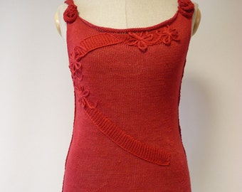 Casual feminine red linen top, M size.