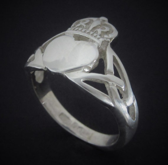 Claddagh Ring- Silver Claddagh Ring - Trinity knot ring- Irish Jewelry Ring - Handmade in Ireland -  Free worldwide shipping