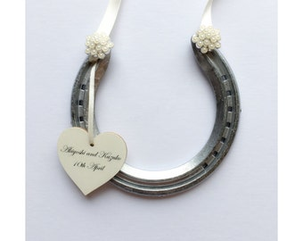 Vintage pearl lucky wedding horseshoe traditional gift to be carried with the bridal bouquet, gorgeous bridesmaid gift