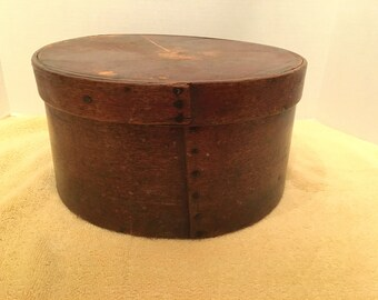 Early to Mid 19th Century New Hampshire Cheese Box