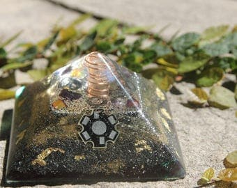 Orgonite pyramid with electro chip