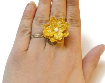 ring ring Japanese washi paper origami Sun yellow lotus flower