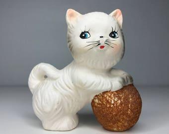 vintage white kitten and yarn figurine