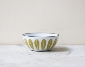 """Cathrineholm 4"""" mustard on white lotus bowl"""