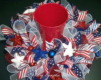 Patriotic Mesh Centerpiece, Americana Centerpiece, 4th of July centerpiece, Summer table centerpiece, deco mesh centerpiece, Summer wreath