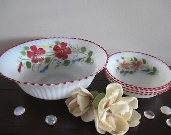 5Pieces Macbeth Evans Petalware Monax Bowls  1 large bowl and 4 small bowls