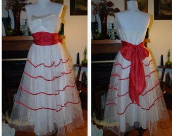 Vintage 1950s White and Red Prom Dress in Satin and Tulle- More than Just a Cupcake Gown- Doris Day or Sandra Dee!