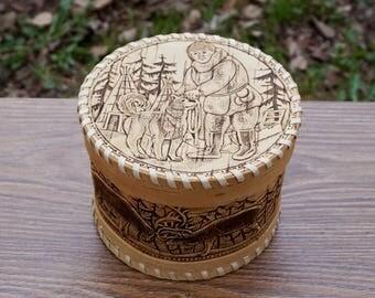 decorative box, country storage, keepsake box, trinket box, farmhouse decorating, woven basket, birch bark, wedding gift, rustic home decor