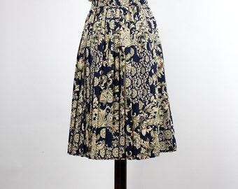 Vintage Skirt //Pleated