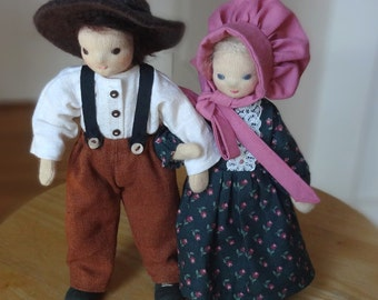 Pioneer dolls, Mother and Father, Ma and Pa, bendy dolls, dollhouse dolls