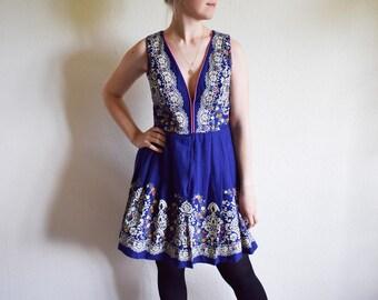 Vintage Dress, Blue Floral Dress, Boho Pleated Midi Dress, Medium Bohemian Dress German
