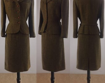 1940's Yellow Mustard and Black Wool Tweed Suit | Size Medium/Large