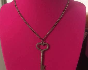 "Steampunk Bronze Key Necklace 14"""