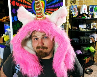 Furry Unicorn Hood / Neck Warmer with Fabric Horn (made by Familliar)