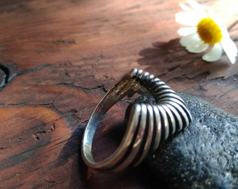 Boho Silver Ring,Minimalistic jewelry, Small Raven Claw Ring,Bird Ring,Boho Ring,Jewelery for her