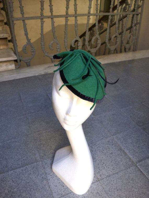 Green And Black Felt Fascinator With Velvet And Feathers St