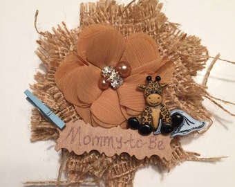 Baby Shower Corsage/ Giraffe Mommy-to-Be Baby Shower Corsage/ Adorable Safari Mom to Be Baby Shower Corsage/ Mommy-to-Be Giraffe in