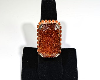 Large Swarovski rectangular right hand ring in whisky and gold