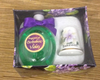 Vintage 15ml Derbyshire Violets Perfume Bottle in a Presentation Box with a Bakewell Thimble - Lovely gift in Good Condition