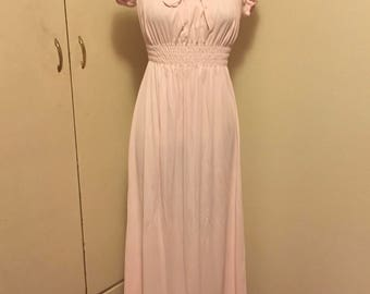 vintage 60s womens gilead style # 6040 pink nylon full length high waist nightgown made in usa