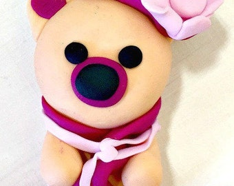 Fimo figurine - Charm bear cub Fishes handmade - polymere - jewelry child - gift idea - hat magenta - pink flower - scarf