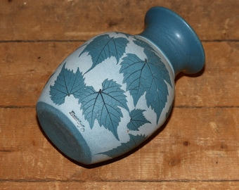 Wizard of Clay , Bristoleaf Vase  - 965