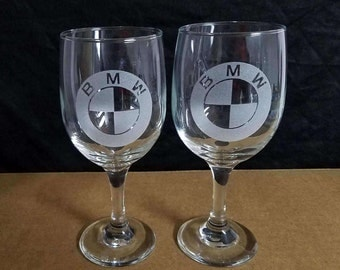 Set OF 2 nice etched drinking wine glasses,BMW LOGOS