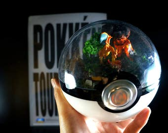 Select Pokemon from list - 140mm (5.5inch) Pokeball Diorama