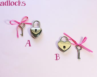 Heart Padlock (small) w/ 1 key (Purchase with Collar)