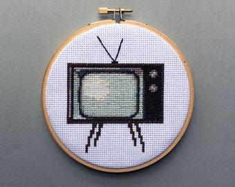 Retro TV - Cross Stitch Pattern PDF