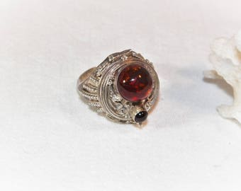 Sterling Silver Amber Poison Ring, 925 Antique Style Poison Ring, Sterling Silver Pill Ring, Genuine Natural Amber Ring, Ancient Style Ring