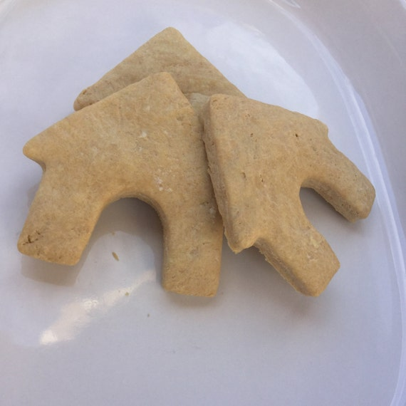 Organic Peanut Butter & Honey Dog House Biscuits