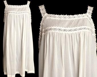 Vintage Gotham Lingerie Babydoll, White 1960s, Size Large XL Plus