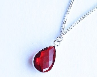 BELLA - Silver Necklace with Red Crystal Pendant