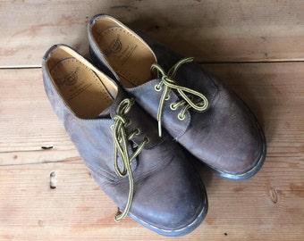 Vintage Dr Martens 10 UK 12 US // Brown Dr Martens Oxford Shoes Made in England Original Docs