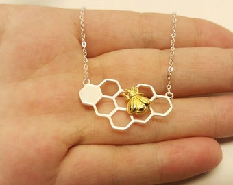 Honeycomb necklace, Be necklace, honeycomb jewelry, honey bee jewelry, honeycomb charm, honeycomb pendant, silver honeycomb,bee keeper charm