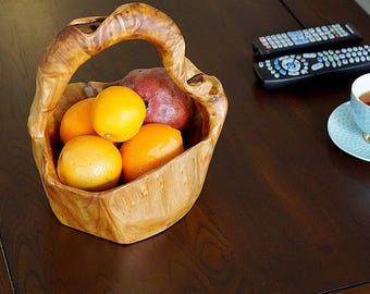 Hand Crafted Root Wood Basket with Handle for Candy Egg Fruit Vegetable Storage HW950-105A