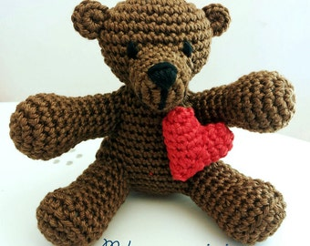 Bear with red heart amigurumi, Valentine's day gift for him/her, handmade crochet children's plush toys, gadgets, favor