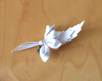 CHLOÉ Brooch · White Flower Brooch